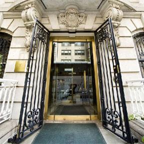 Front door Kitano NYC