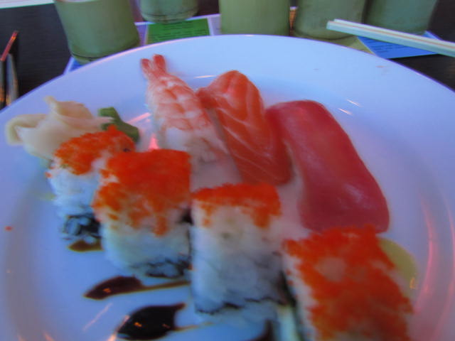Sushi, Sake, Saia