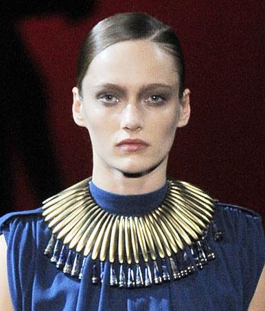 etro-bib-necklace