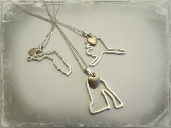 intertwined necklaces
