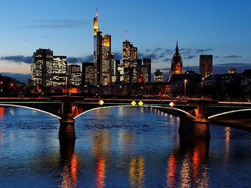 Skyline_Frankfurt_Flößerbrücke