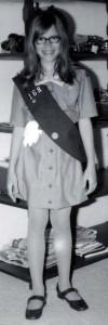 Girl_Scout_in_uniform,_1973