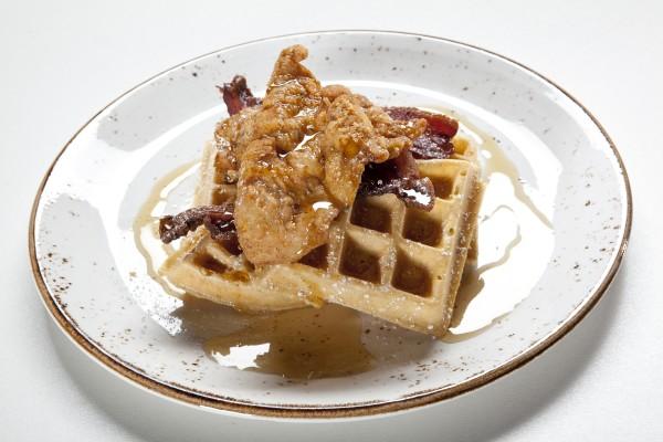 Delano - Della's Kitchen Chicken & Waffles