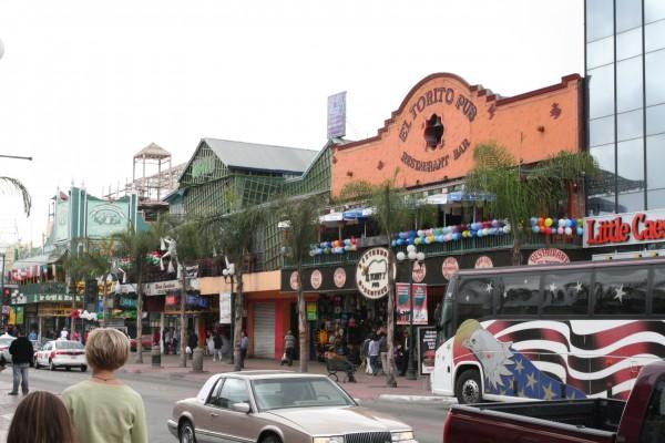 Avenida_Revolución_in_Tijuana_Mexico