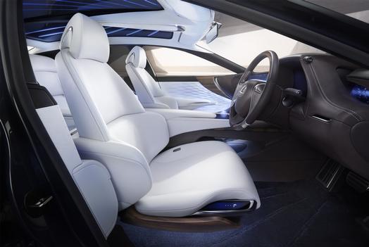 Lexus_LF_FC_Concept_016_052DBC77C83450D579F7267163E9441808BCD9C7_low