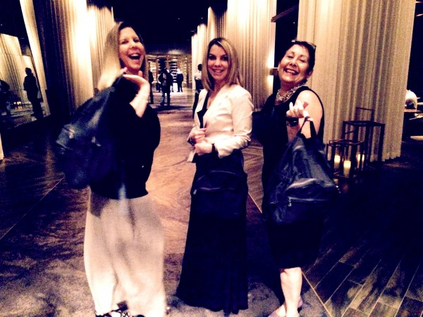 There's no one better to hang in Vegas w/than girlfriends Rachel & Crissy.