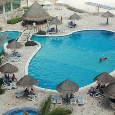 A taste of MY Champagne Living – Cancun Caribe Park Royal Grand