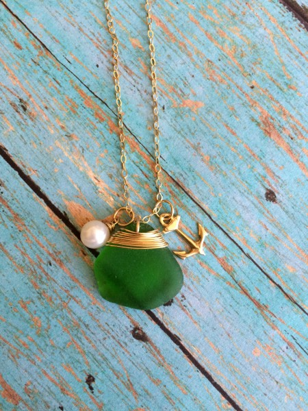 Catalina Green Gold Sea Glass Necklace Anchor (1)