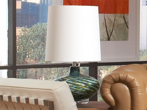 CORT can help furnish right down to the accessories.