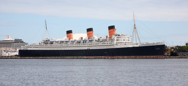 Rms_queen_mary_2008