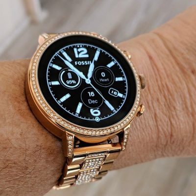 A Google Pixel user gets the watch of her dreams –  Wear OS by Google + Fossil