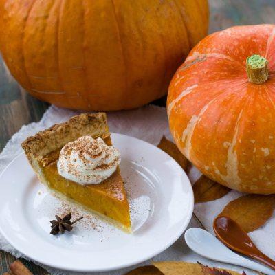 Which wine goes best with turkey or pumpkin pie?