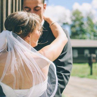 7 Useful Tips For Editing Wedding Photos