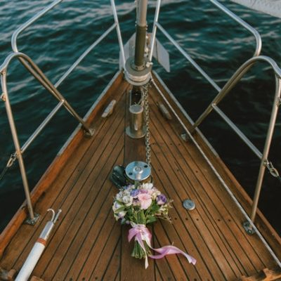 Essential Things You Need to Know Before Planning a Boat Wedding