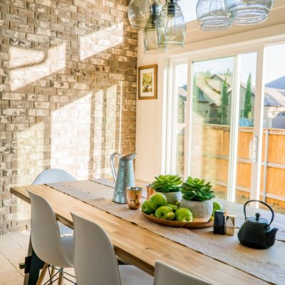 Buying A Dining Table? Here's How To Buy The Right One