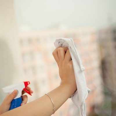 How To Manage Your Household Chores While Having A Busy Schedule
