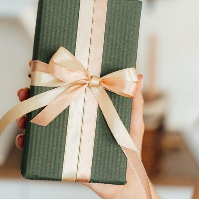 Special Gift Ideas for the Bride and Groom Gift Exchange